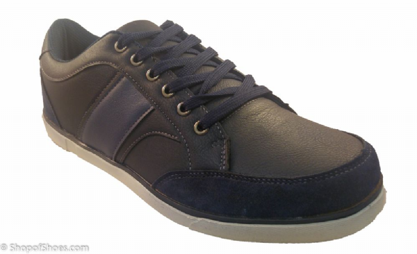 Cotswold leather leisure shoe.